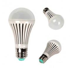 6PCS 7W E27 LED Kugel-Birnen-Lampen-warmes Licht